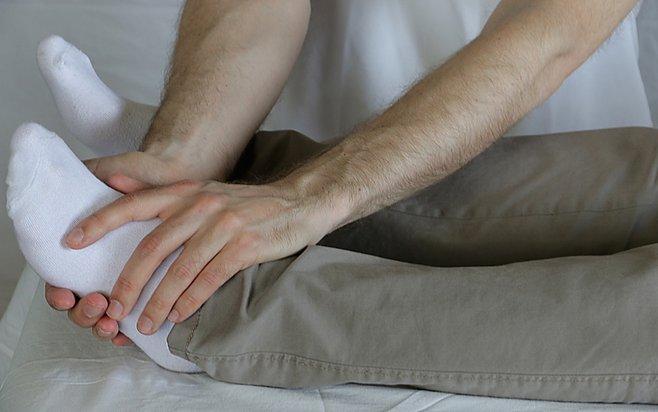 Healingbehandling på fot. Healing vid fysiska och psykiska symtom.